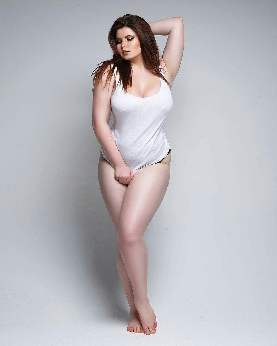 roxxx-busty-premier-model-anna-asian