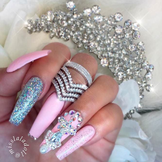 21 Cool and Edgy Ideas for Coffin Shaped Nails | Coffin nails and ...