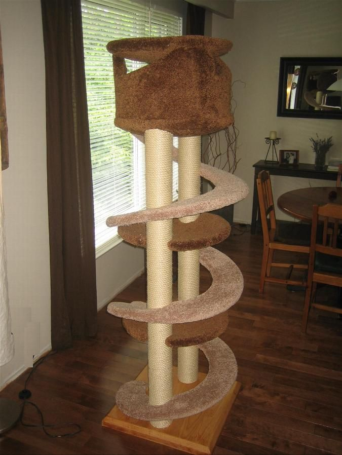 Unique Cat Trees 499 With Top Enclosure 6 Feet Tall Or