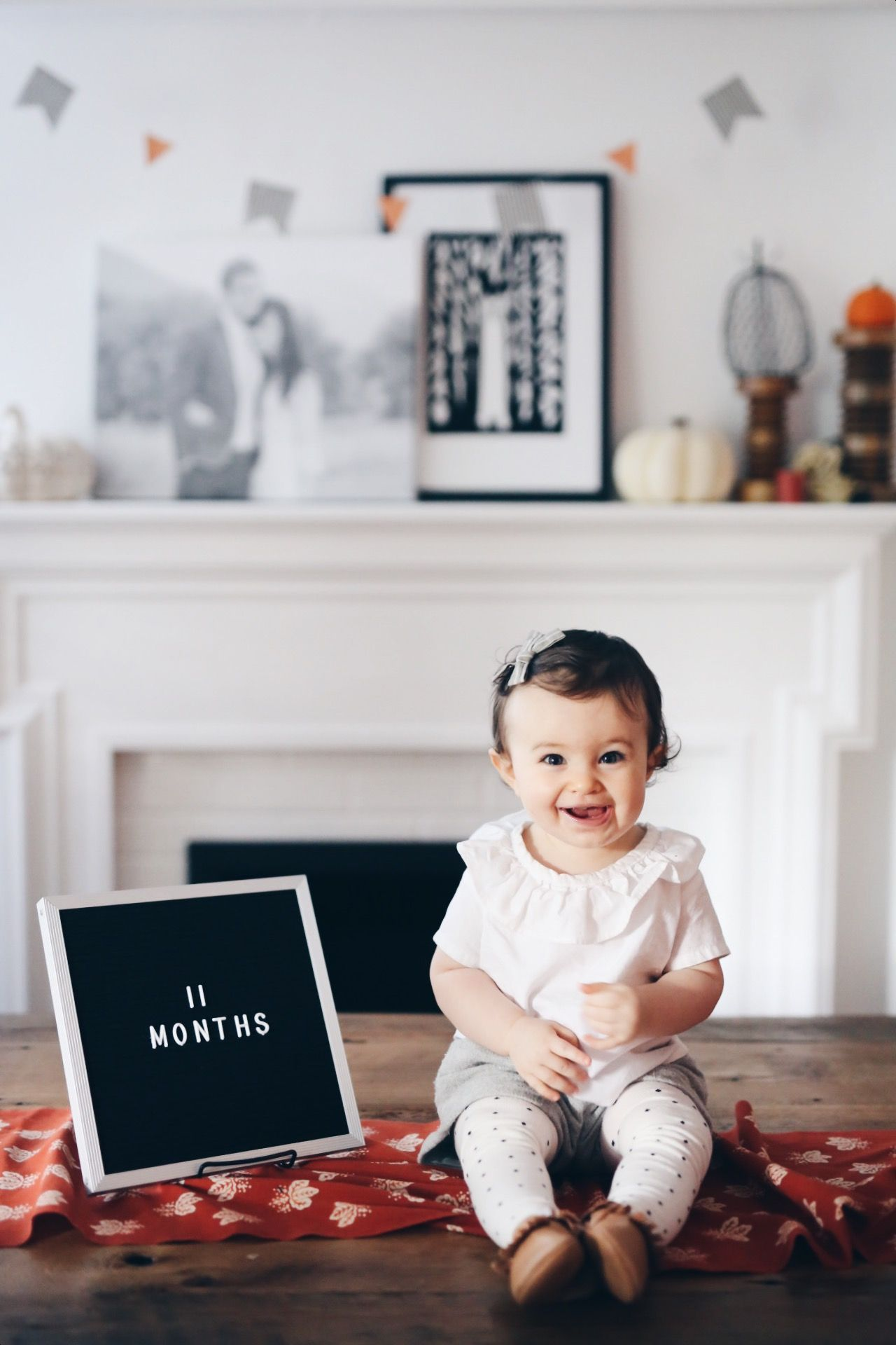 Letter board 11 months Old Xan's Eye Photography