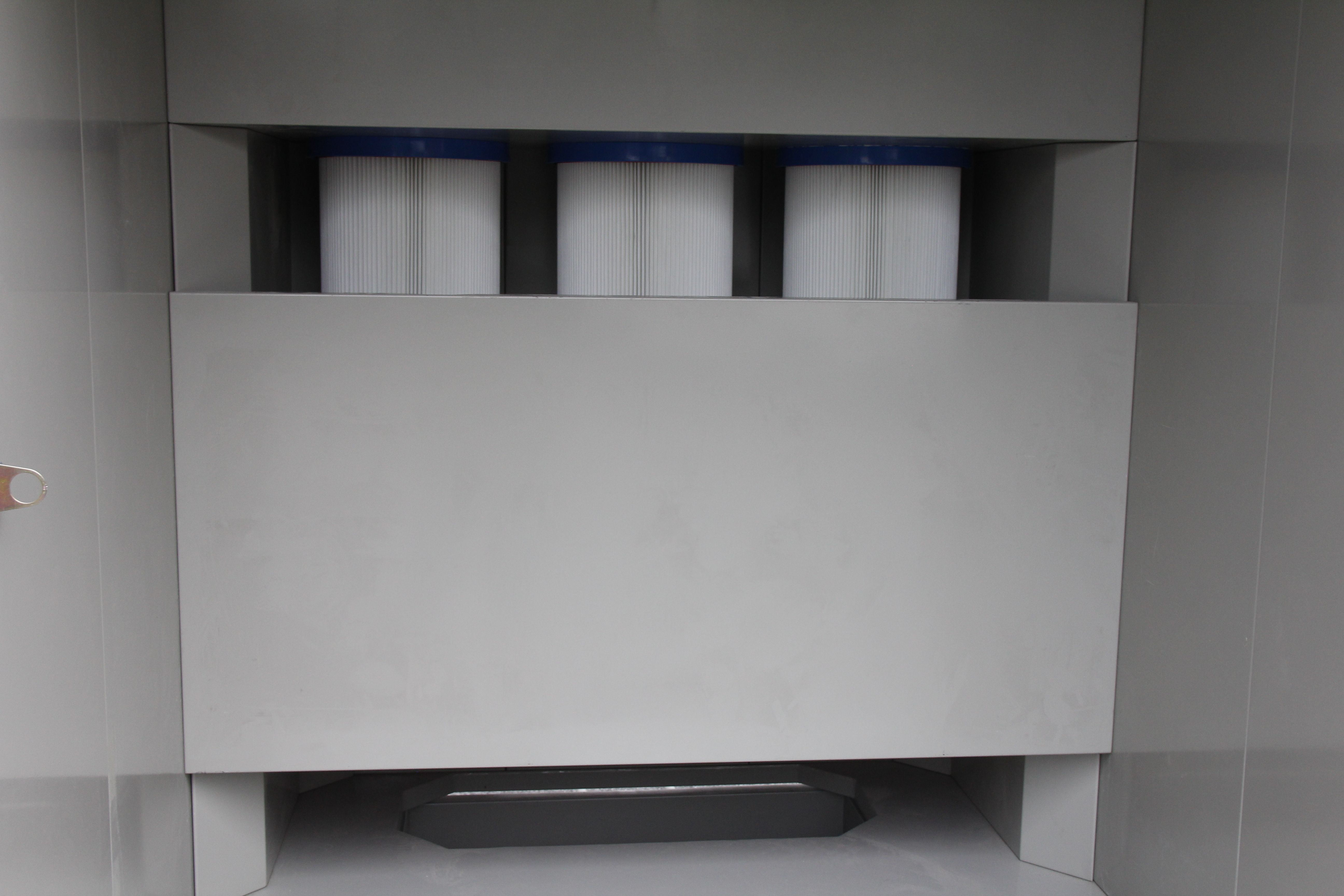 Manual powder coating booth powder coating booth cleaning