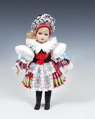 bride from Vlčnov  http://www.loutky-marionety.cz/Nevesta-Vlcnov-panenka-v-narodni-kroji-lt003.html