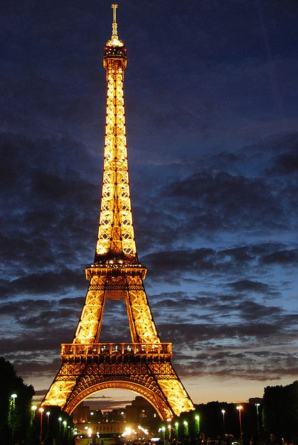 Eiffel Tower At Dusk Eiffel Tower At Night Beautiful Places In The World Most Beautiful Places