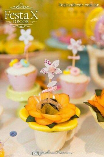 #decoração #aniversário #festa #party #lalaloopsy #picnic #piquenique #indoor #decorbyrobertadias #festaxdecor #planejamentodeeventos #exclusivo #barradatijuca #riodejaneiro #girls #menina #festalinda  Festa X DECOR Flores e doçuras.