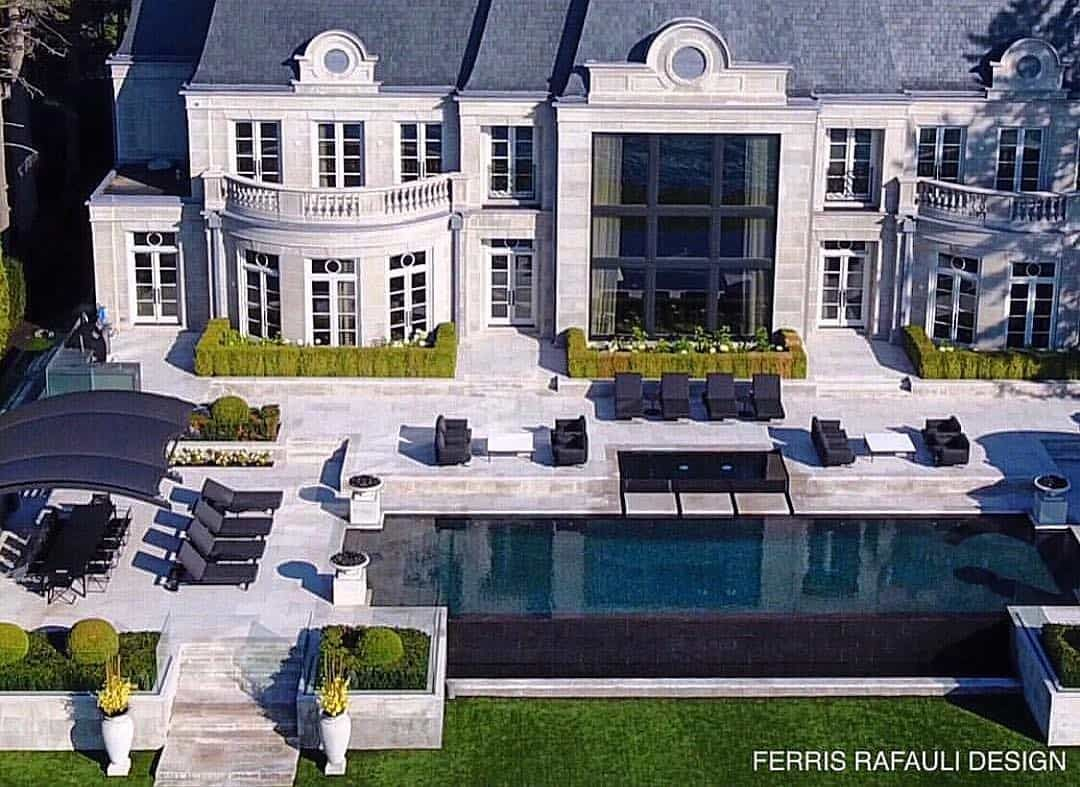 After Teasing Us For A Couple Of Years With Construction Pics Drake Is Now Giving Us A Peak Into His Newly Completed Toront Mansions Mansion Tour Marble House