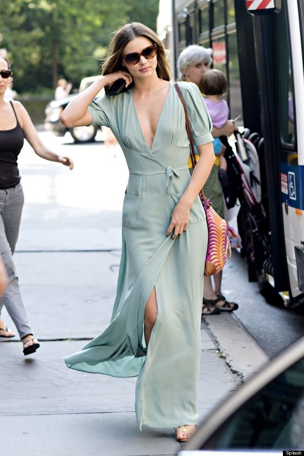 193dbd25d811b Miranda Kerr's Perfect Summer Style Continues With A Plunging Mint ...