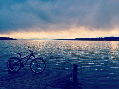 Innsjø Været Skyet Regnfull Bilde