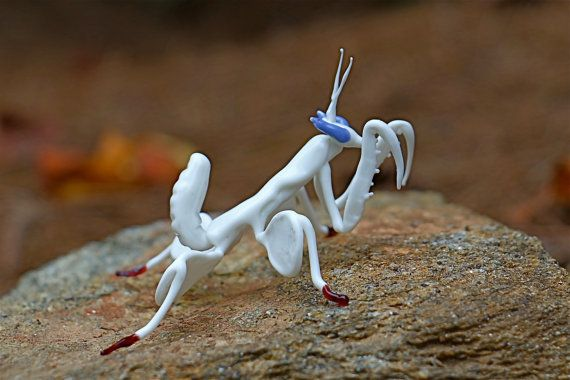 White Orchid Praying Mantis Glass Sculpture Glass Sculpture Image Glass Sculpture