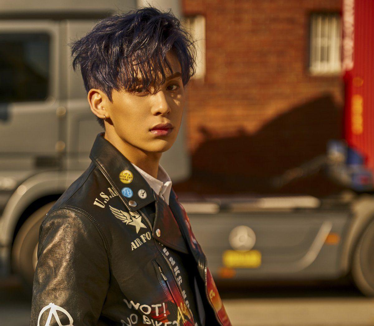 sf9, burning sensation, roar, car, kpop, 2017 comeback