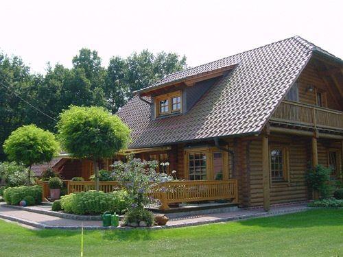 Techos de teja asfaltica con lucarna buscar con google for Modelos de techos con tejas
