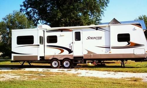 Pin By Rv Registry On Travel Trailers Keystone Sprinter