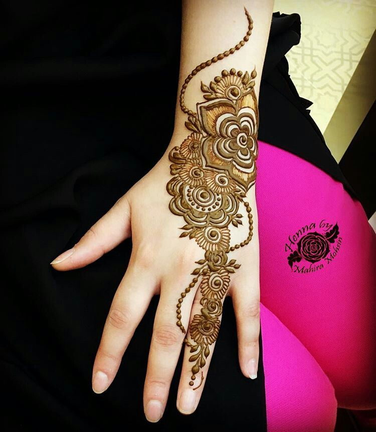 Top Henna Designs: The Most Beautiful Thing You Can Wear Is Confidence 💕 *•