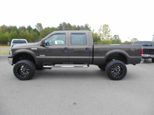 Www Emautos Com Lifted 2006 Ford F 250 Super Duty Xlt Crew Cab 4x4