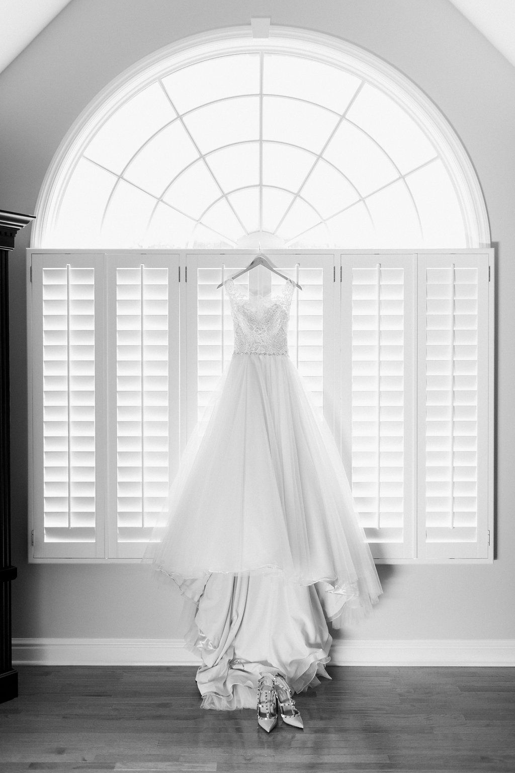 Wedding dresses pittsburgh  The Club at Nevillewood Wedding Photography Pittsburgh  Lauren