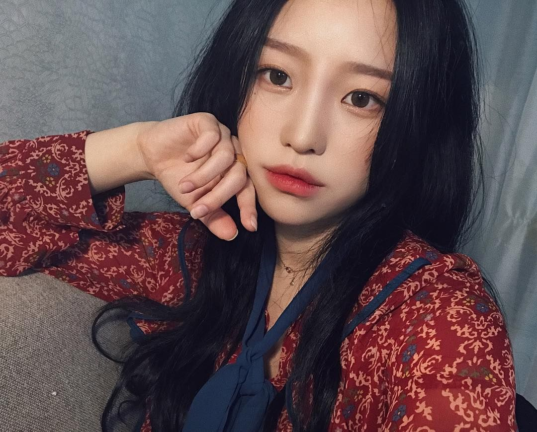 Pin by luna on 여자 pinterest ulzzang ulzzang girl and girls