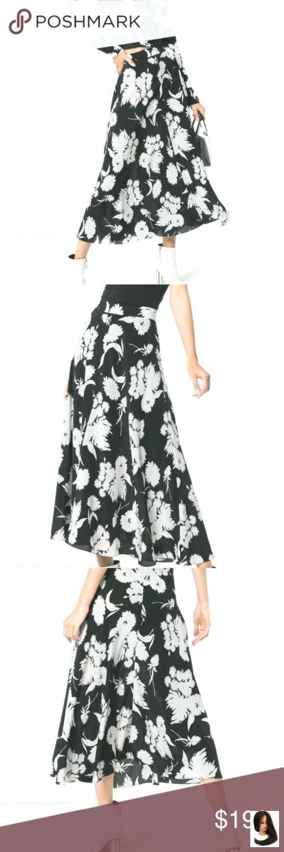 #Black #brandneue #eine #floral #Gann #Ganni #ich #Midirock #silk #silk Midi Skirt #sm #verkaufe #White Ganni Silk Midi Skirt Black and White Floral SM 36 I am selling a brand new Gann...        Ganni Silk Midirock Black and White Floral SM 36 Ich verkaufe einen brandneuen Ganni Kochhar Floral Silk Rock in einem Schwarz-Weiß-Muster in Größe 36. Dieser mittellange Rock hat eine hohe Leibhöhe und eine ausgestellte Form. Dies ist 100% Seide. Taille ist 28 #mittellangeröcke #Black #brandneue #e #mittellangeröcke