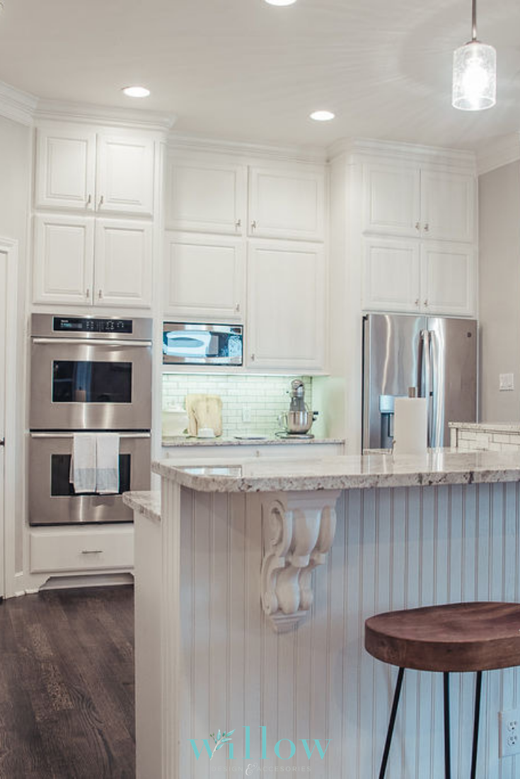 Modernkitchendesign Whitekitchen Lightandbrightkitchen Kitchendesign Whitesubwaytile Granite Kitchen Design Trends Kitchen Remodel Kitchen Remodel Design