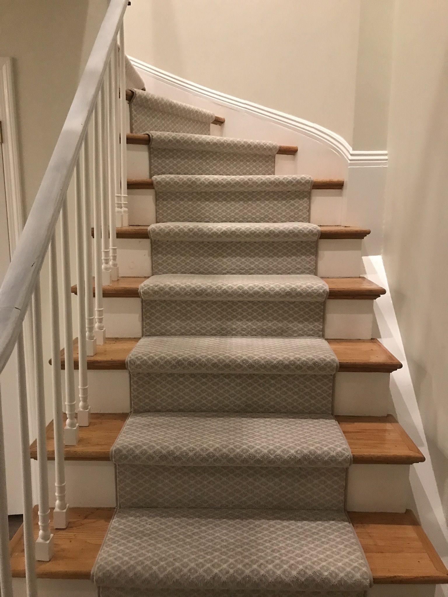 Boston Newyork Wool Plush Stair Stairrunner Runner Modern | Rug Runners For Steps | Design | Pattern | Black | Hallway | Animal Print