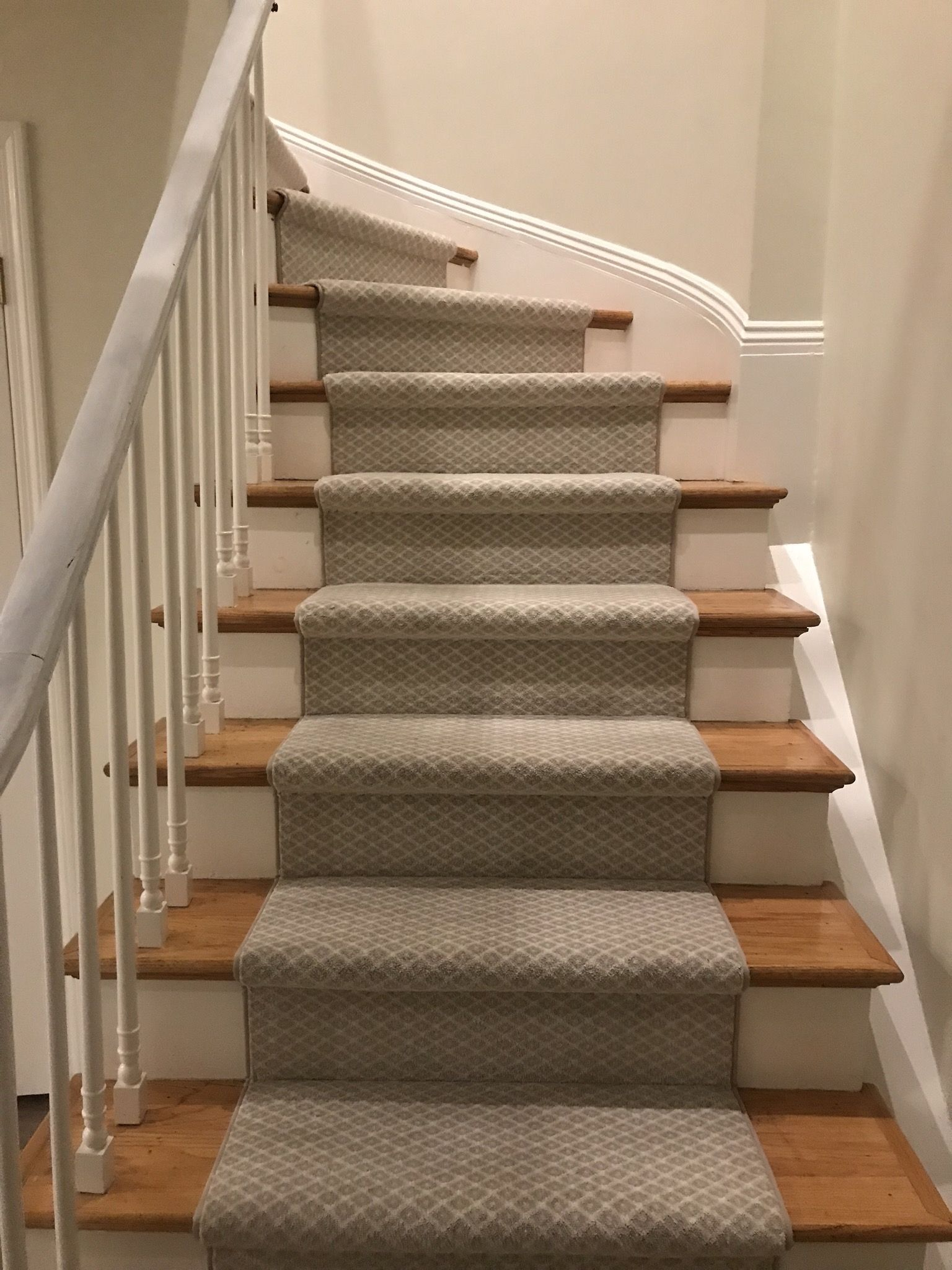 Boston Newyork Wool Plush Stair Stairrunner Runner Modern   Modern Carpet Runners For Stairs   Step Sculptured Color   Pinterest   Curved   Light Grey   Victorian