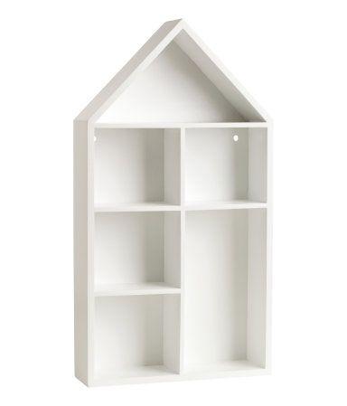 Valkoinen. Talon muotoinen lokerikkohylly maalattua MDF-materiaalia. Valmiit reiät ripustusta varten. Pakkaus ei sisällä ruuveja. Koko…