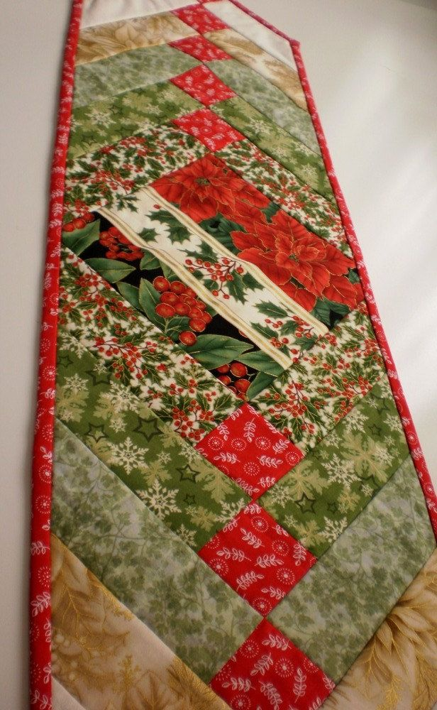 Handmade Quilted Table runner Christmas bows Holly Leaves Berries Poinsettias reversible red green