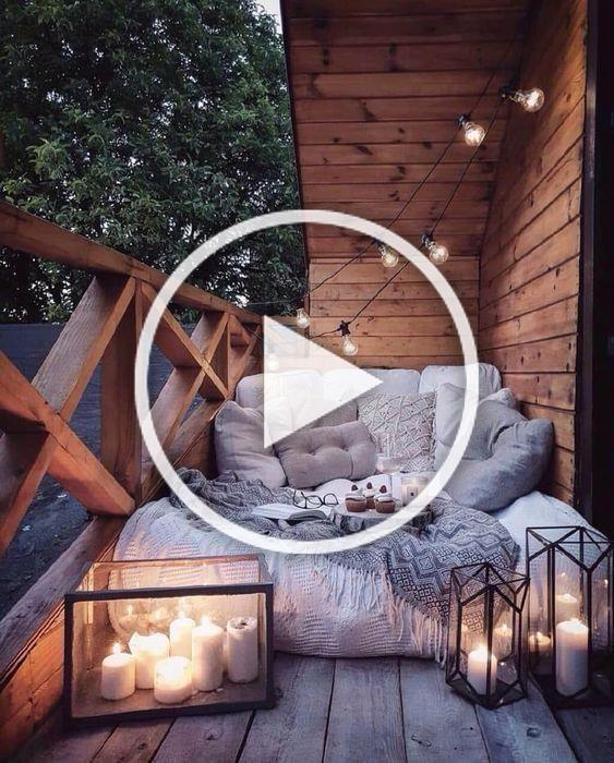 5 Simple Ideas To Make Your Apartment Insanely Cozy This Fall #interiordesign #design #ideas #decor #homedecor #decoration #art #wallart #walldecor #prints #livingroom #livingroomideas #livingroomdecor