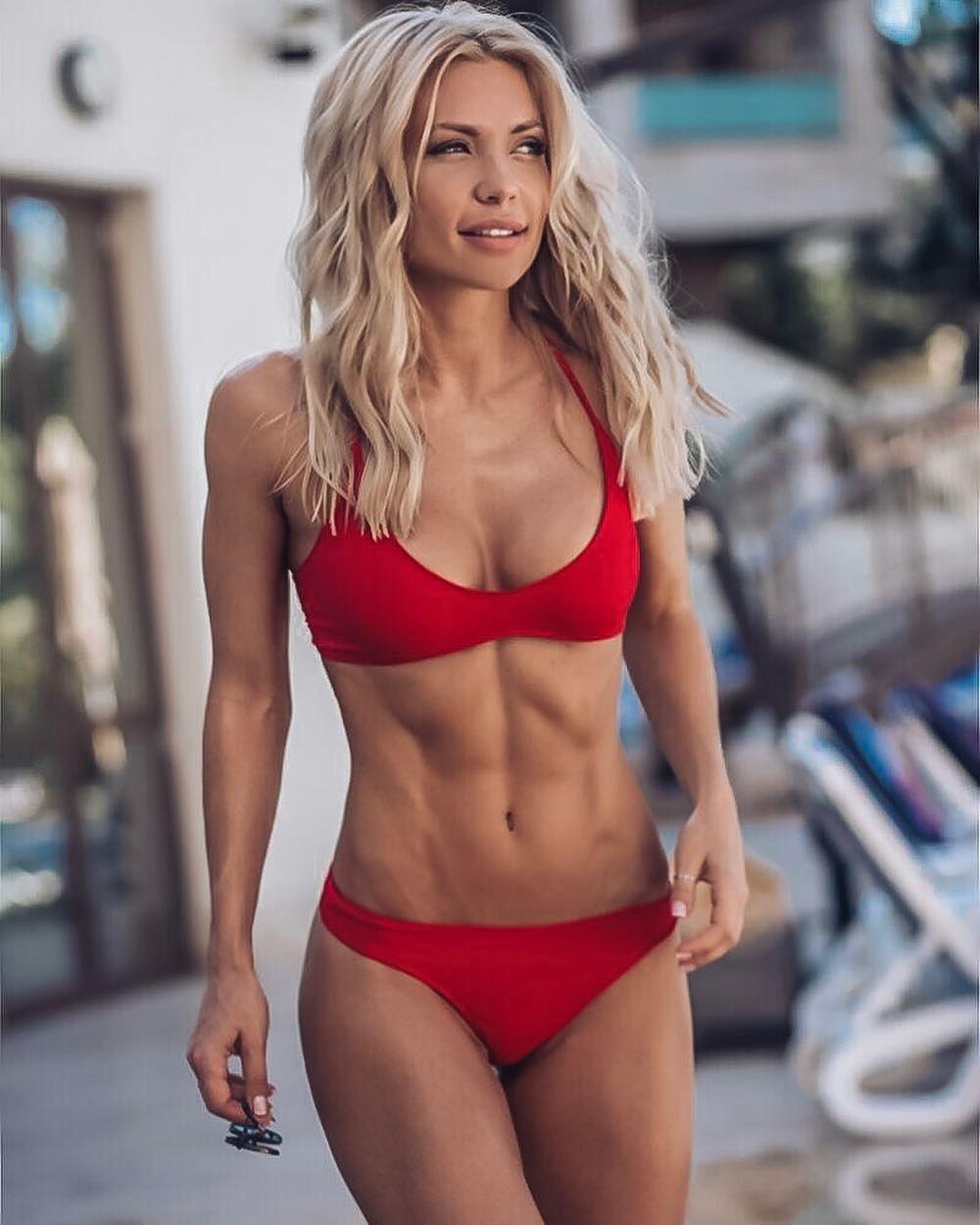 fit-girl-bikini