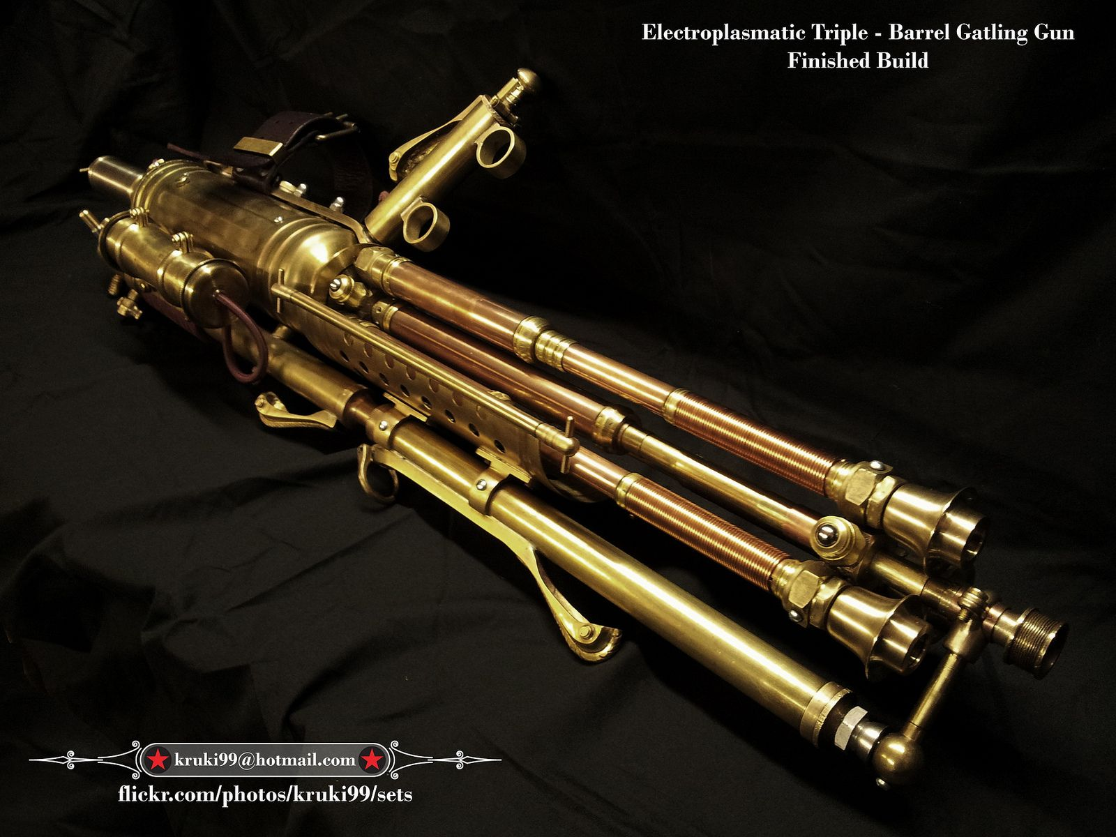 Steampunk Gatling Gun - Electroplasmatic Rotary Cannon 001 ...