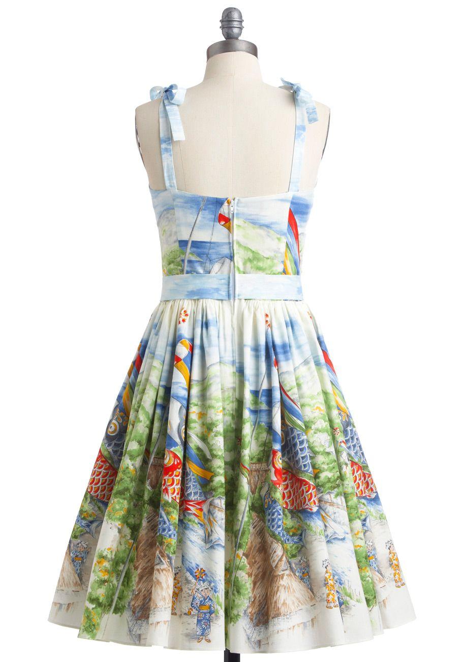 2372c8ebe43 Looking Back Sleeveless Dress