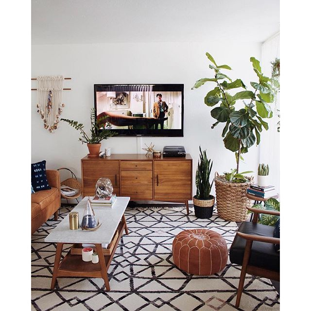 Instagram Photo By Urbanoutfitters Urban Outfitters Via Iconosquare Living Room Design Modern Living Room Designs Living Decor