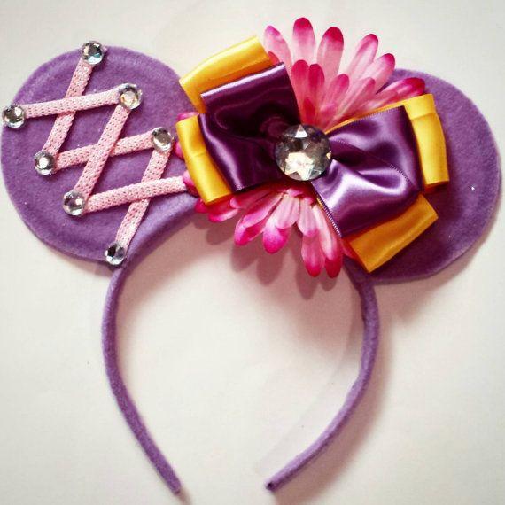 Rapunzel inspired Mouse Ears por MakeMeMinnie en Etsy