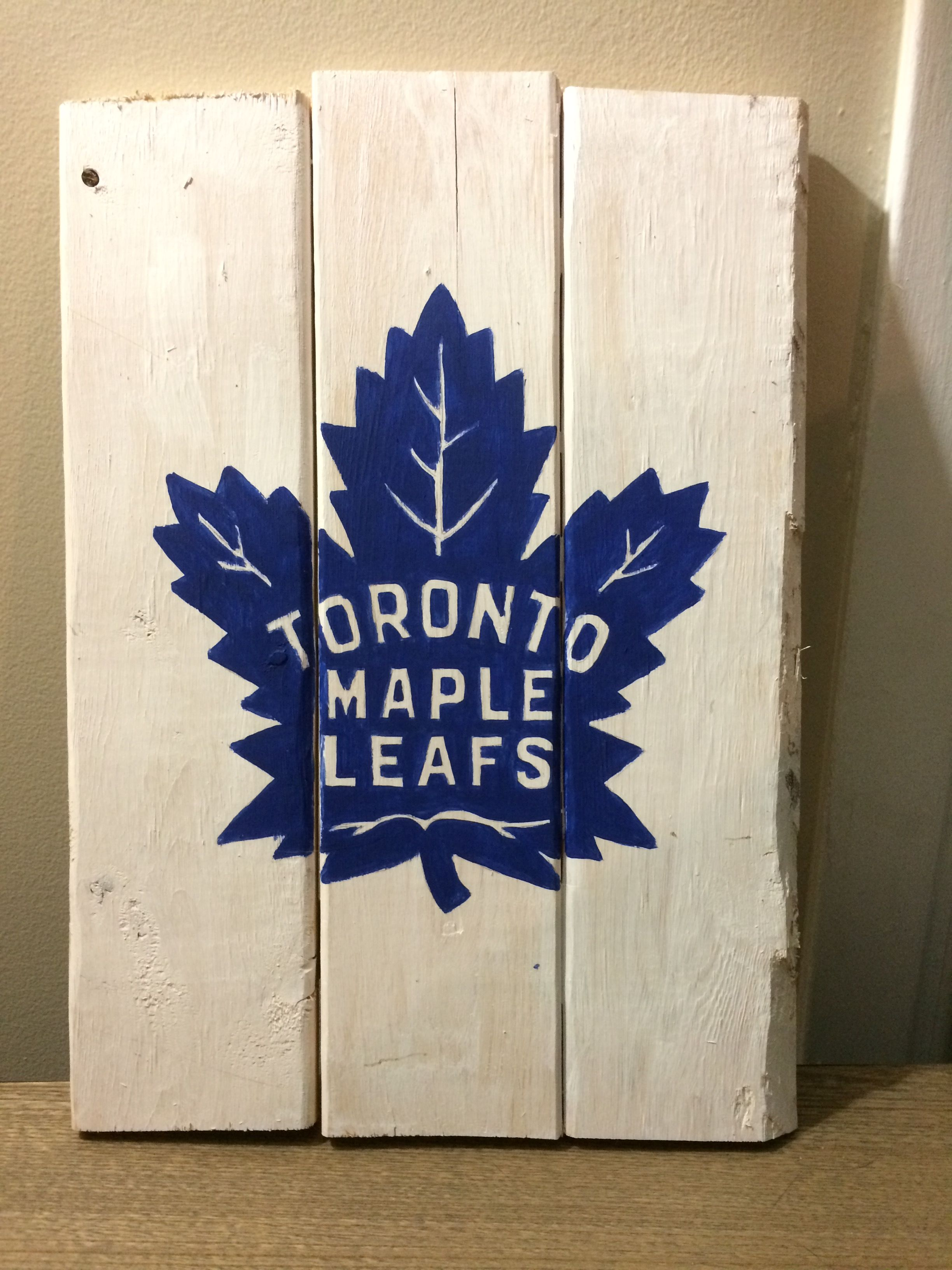 Toronto Maple Leafs Hockey Logo Wood Sign For Man Cave Maple Leaf Art Sports Themed Room Maple Leafs