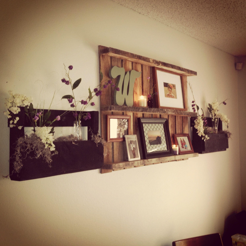 Repurposed Home Decor: Pallet Shelves, Pallet Picture Frame, Repurposed Pallets
