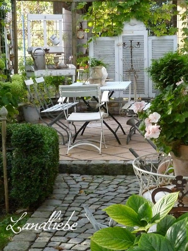 Landliebe cottage garden herbstzeit gartengestaltung garten ideen garten garten ideen - Cottage garten terrasse ...