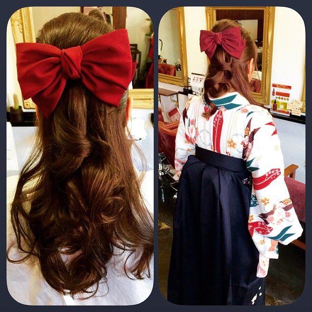 おっきな赤いリボンが可愛い ハイカラさん 風大正ロマンな和モダン髪型特集 Marry マリー 卒業式 袴 卒業式 袴 髪型 袴 ヘアスタイル ハーフアップ