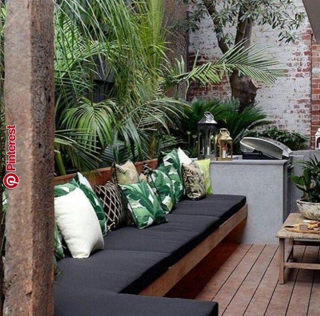 20 Adorable Small Decked Garden Ideas Outdoor Seating Areas Small Backyard Landscaping Deck Garden