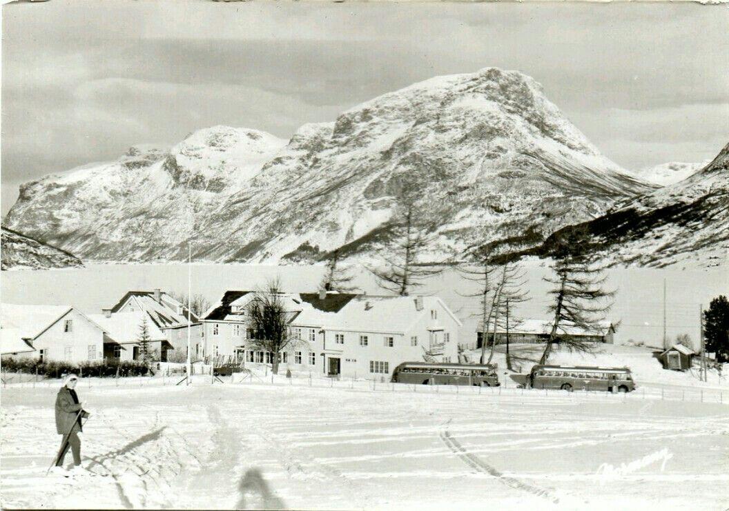 Oppland fylke Vang i Valdres Grindaheim Turisthotell brukt 1960-tallet Utg Normann