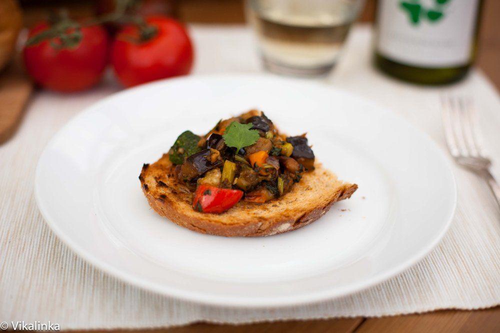 recipe: baklazhannaya ikra russian eggplant caviar [13]