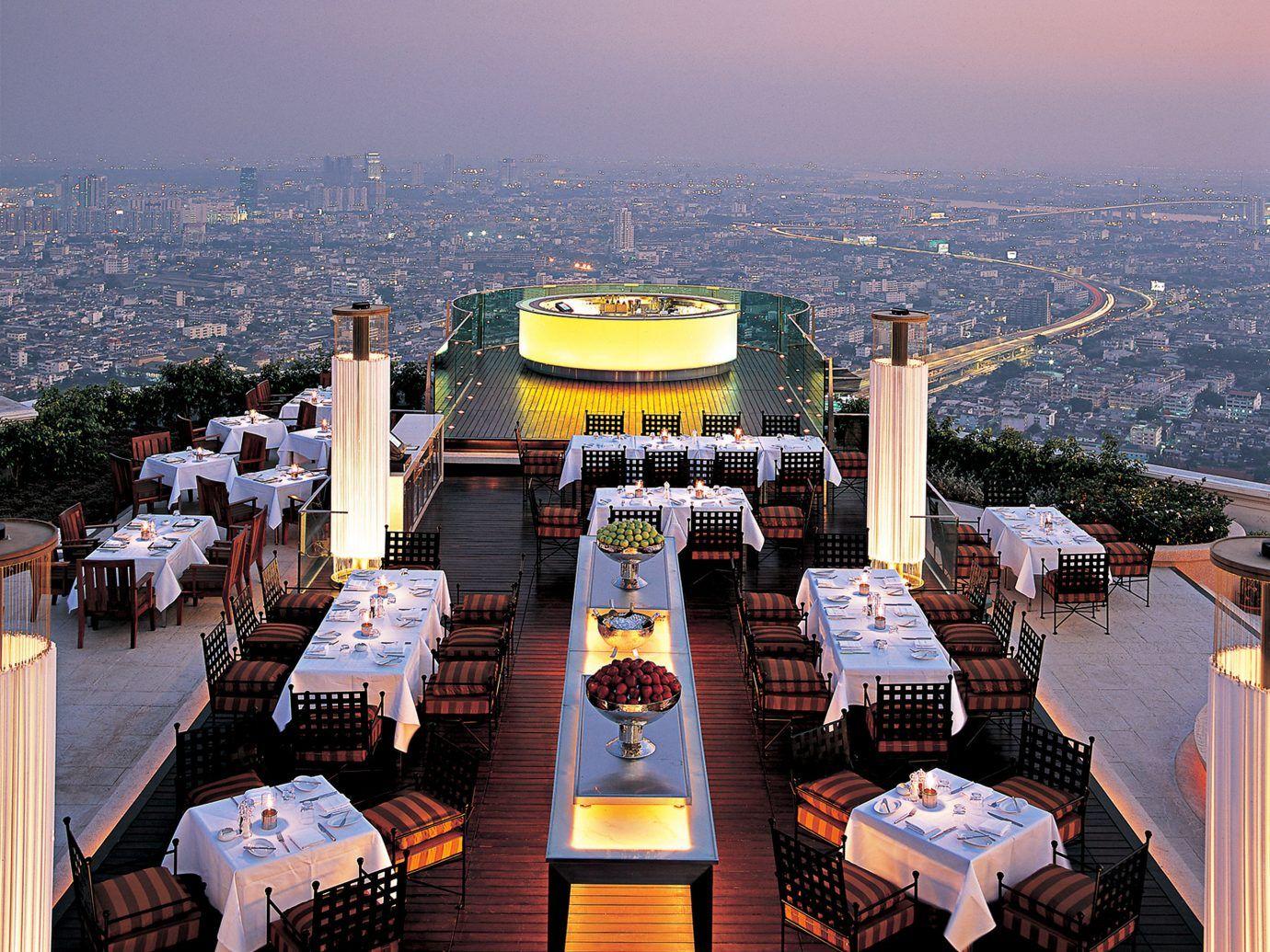 The World S Highest Restaurants From Hong Kong To Nyc Jetsetter Best Rooftop Bars Rooftop Bar Bangkok Best Bars In Bangkok