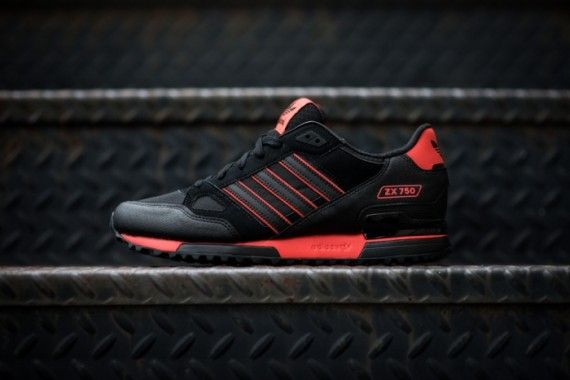 adidas originals zx 750 black red