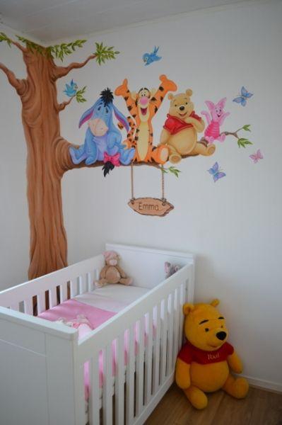 Süsse Winnie pooh wandbemalung im Kinderzimmer | Kinderzimmer ...