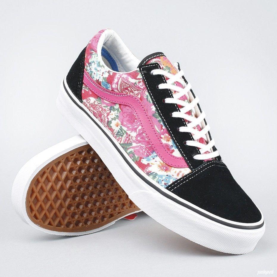 Vans kengät, joissa kevyesti pehmustettu kaulus ja  vulkanoiva ulkopohja.