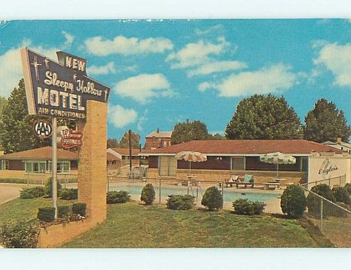 New Sleepy Hollow Motel Pool Belleville Illinois Il Owners William And Sylvia Engler