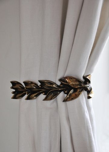 Leaf & Berry Curtain Ties by Rose Uniacke