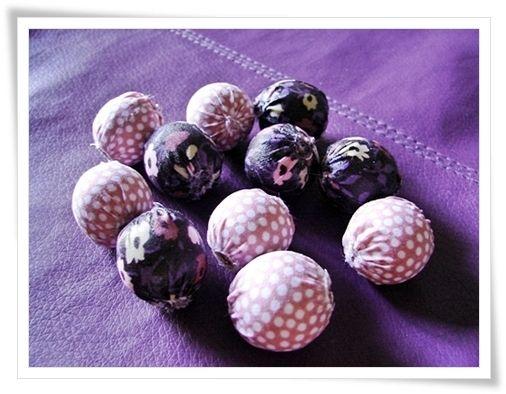 tuto perles en tissu bijoux pinterest. Black Bedroom Furniture Sets. Home Design Ideas