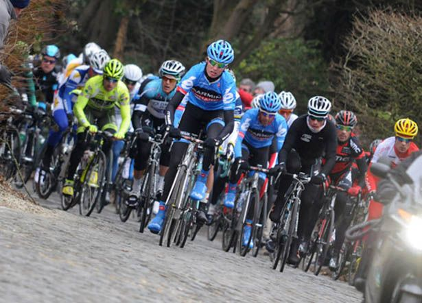 Omloop Het Nieuwsblad offers an early, albeit chilly, look at Belgium cobbled climbs. (James Startt)