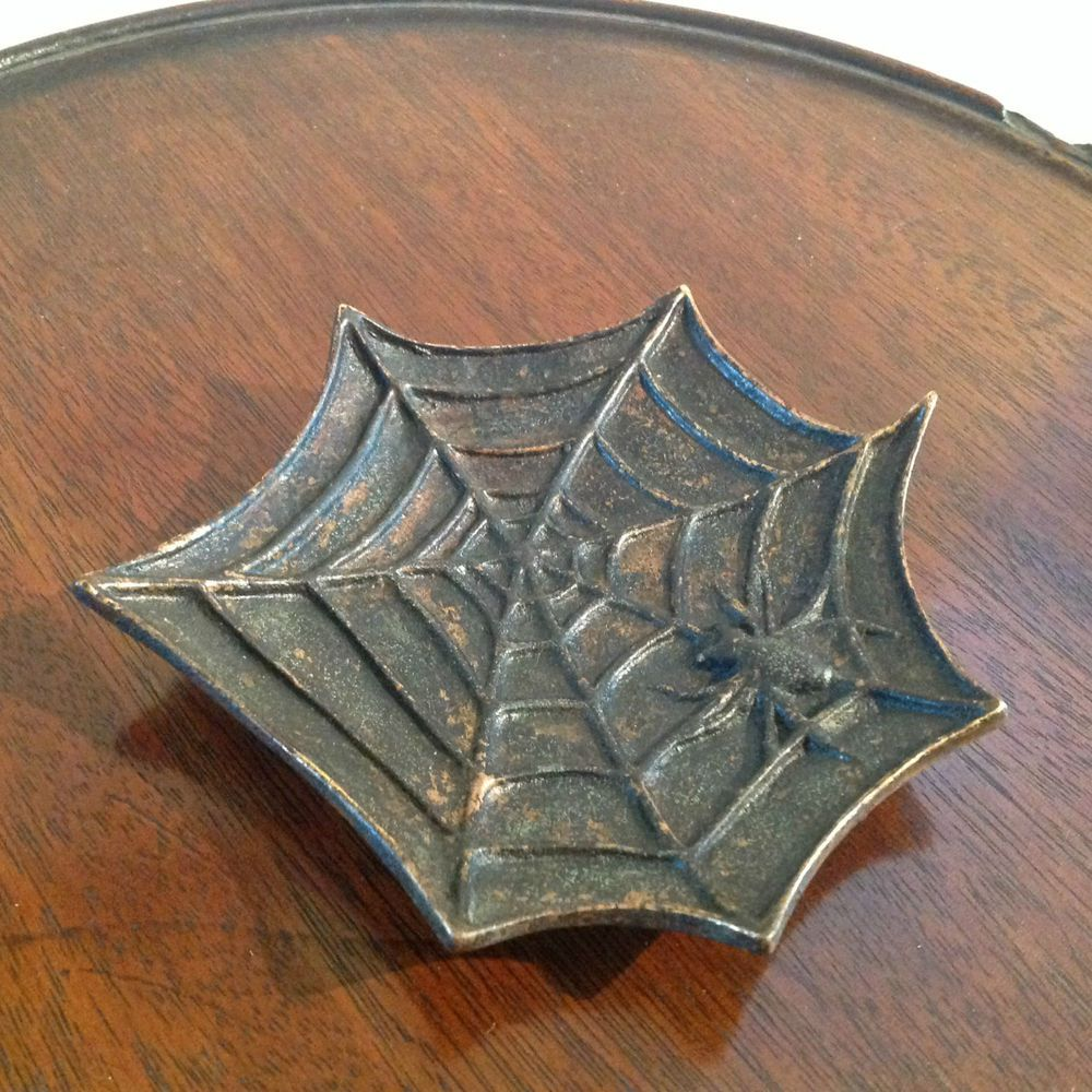 VINTAGE CAST BRONZE METAL SPIDER AND WEB PIN TRAY