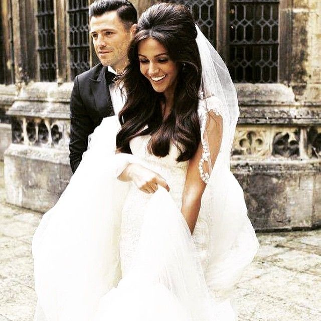 Imagine being married to michelle keegan man unbelievable for Michelle keegan wedding dress