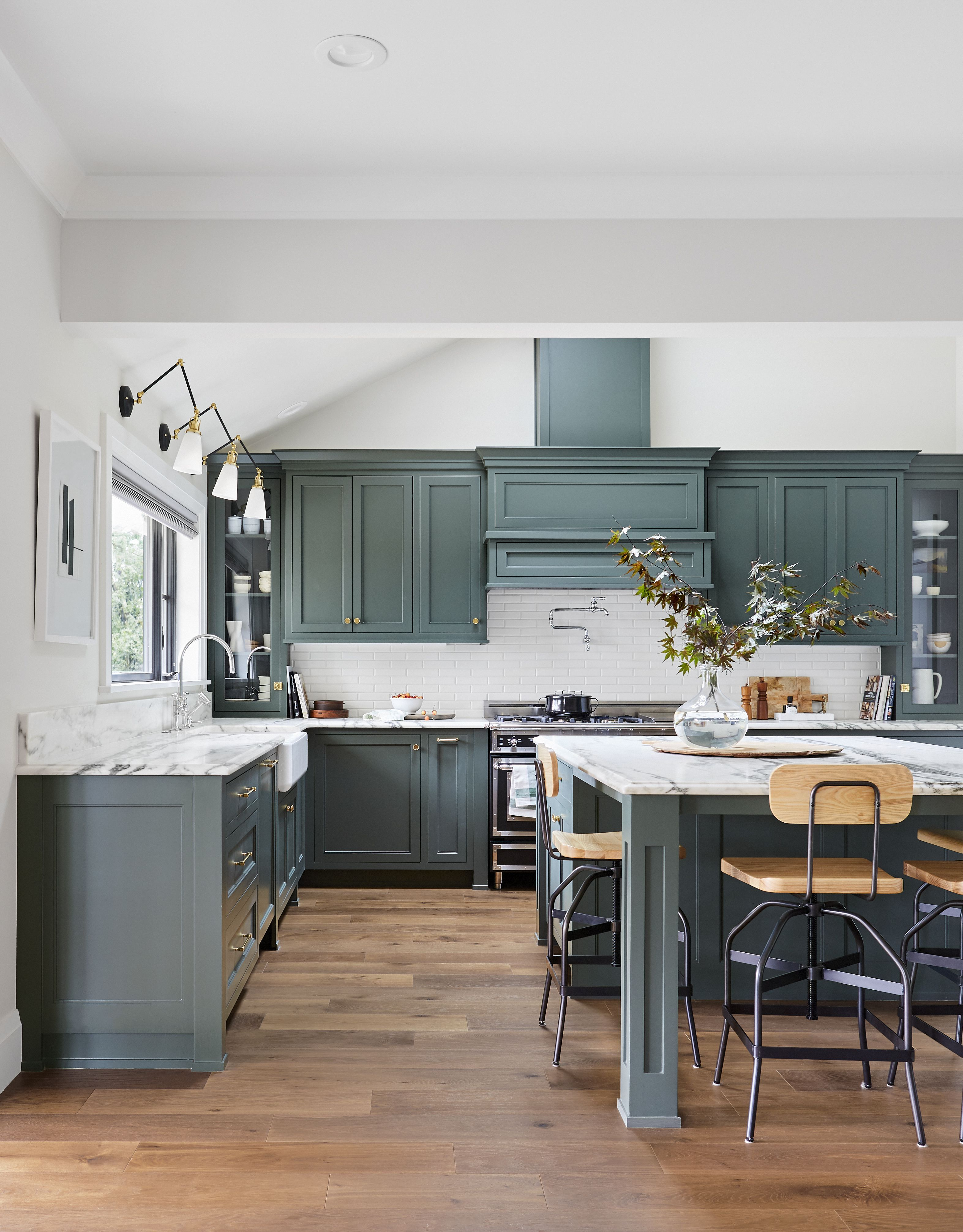 Everything You Need To Know About Painting Kitchen Cabinets Painted Kitchen Cabinets Colors Stylish Kitchen Beautiful Kitchen Cabinets