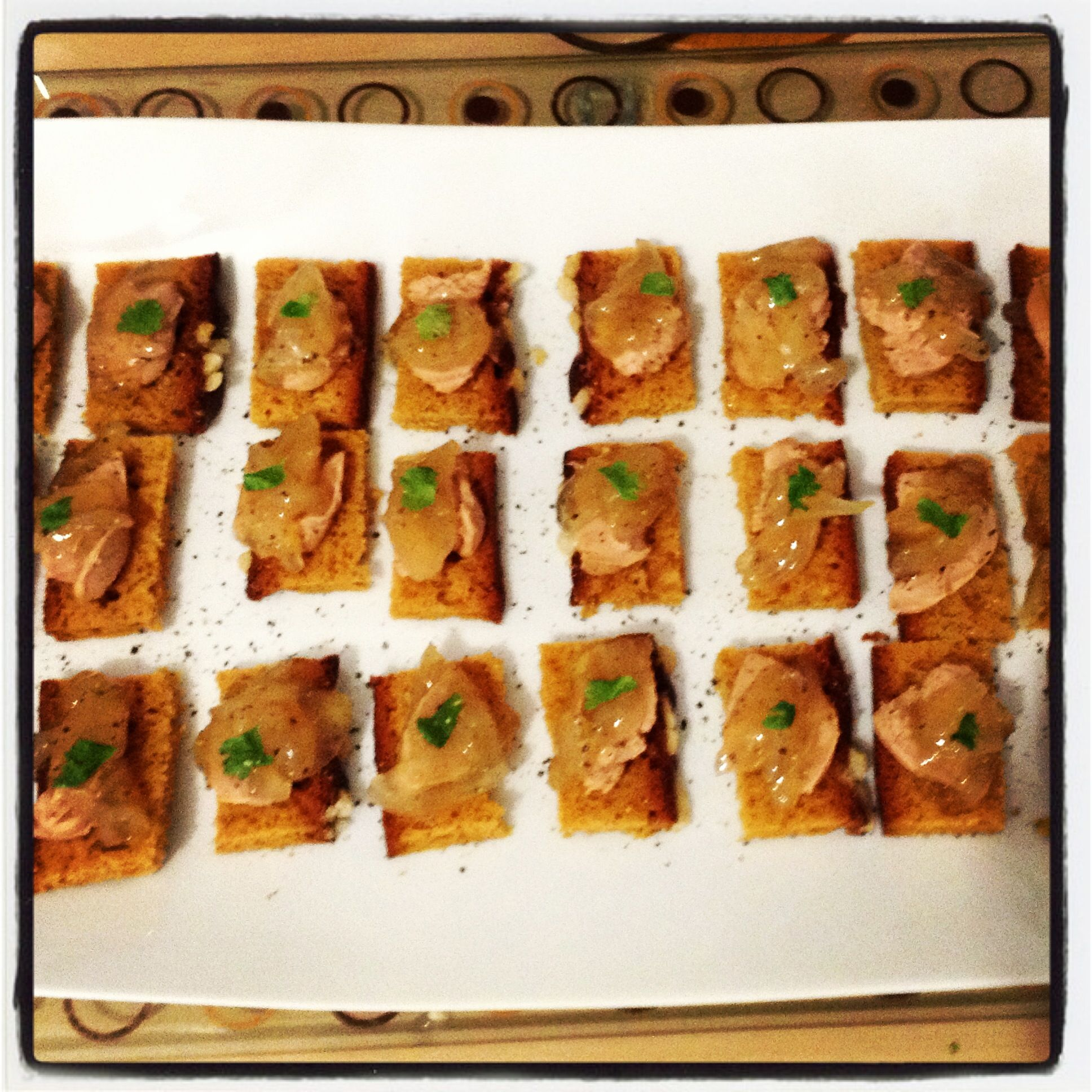 Christmastoast oignonjam | foie gras | spiced cake